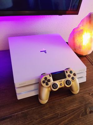 PS4 PRO *** FIRM PRICE *** NO TRADES *** NO DELIVERY for Sale in Bedford, TX