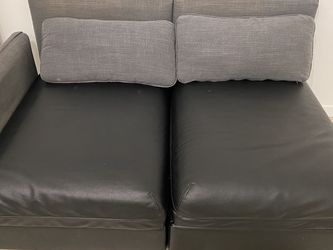 Leather Couch for Sale in Boston,  MA