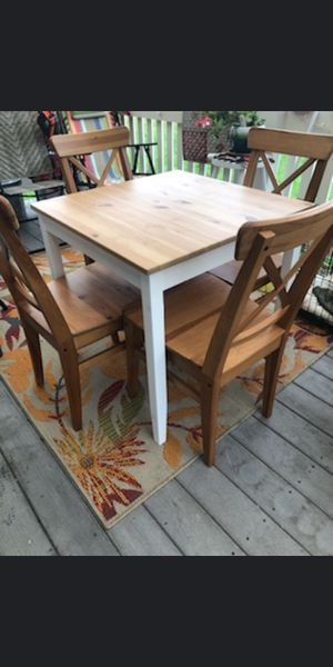 All wood table & chairs for Sale in Eatonville, WA