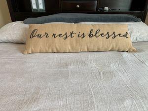 Decorative pillow for Sale in Orlando, FL