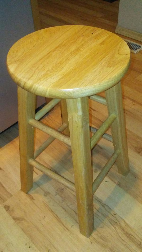 Bar stools 2 ft