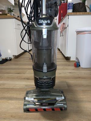 Shark vacuum for Sale in Ewa Beach, HI