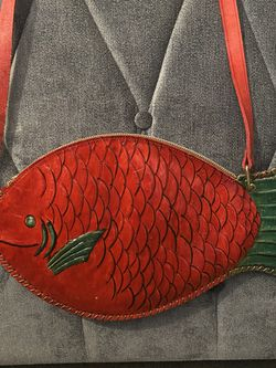 Vintage beautiful Red Leather Fish Purse for Sale in New Hyde Park,  NY
