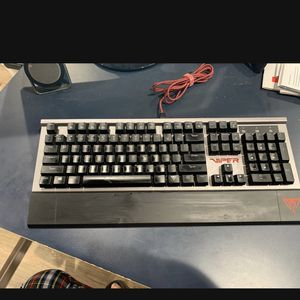 Viper Mechanical Keyboard for Sale in Los Angeles, CA