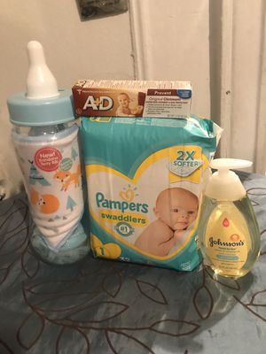 Newborn bundle for Sale in The Bronx, NY