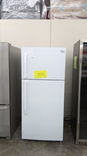 White top-freezer refrigerator by insignia for Sale in Pomona, CA