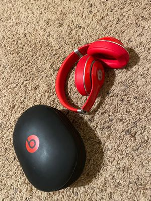 Beats studio wireless no scratches no scuffs no dents brand new looking for Sale in Riverbank, CA