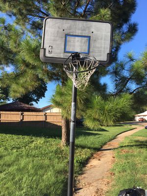 Basketball hoop for Sale in Irving, TX