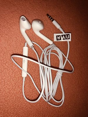 Apple headphones for Sale in Redmond, WA