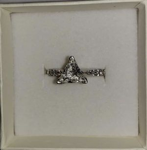 Jewelry ring for Sale in Mechanicsville, MD