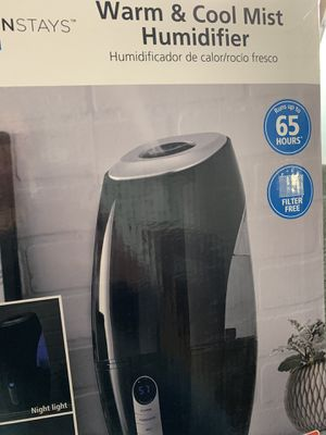 Ultrasonic cool and warm mist humidifier for Sale in San Antonio, TX
