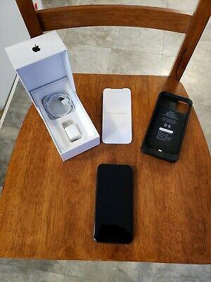 Apple iPhone 11 - 64GB - Black for Sale in Evanston, IL