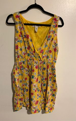 Yellow dress with flower print size:large for Sale in North Las Vegas, NV