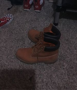 Timberland boots men's size 11 mens good condition for Sale in Morrow, GA