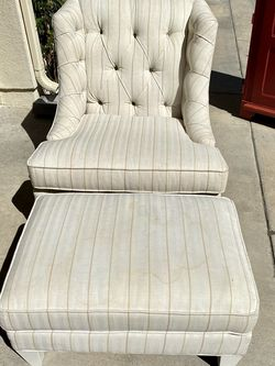 Armchair With Ottoman for Sale in Irvine,  CA