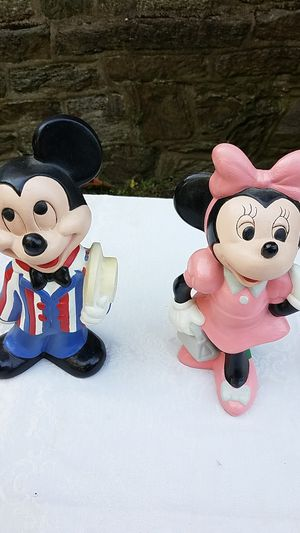 Walt Disney Productions, 1975 ceramic Mickey and Minnie figurines. for Sale in Foxcroft Square, PA