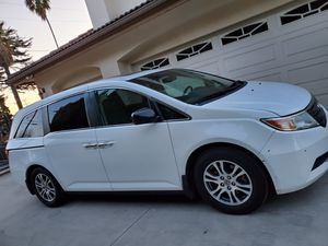 Honda Odyssey EXL Navigation 2012 for Sale in El Monte, CA