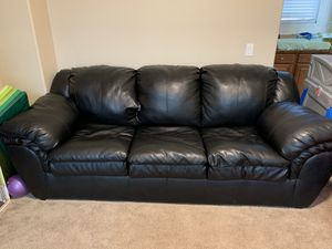 Black pleather couch, small tear in middle upper cushion otherwise great condition for Sale in Beaumont, CA