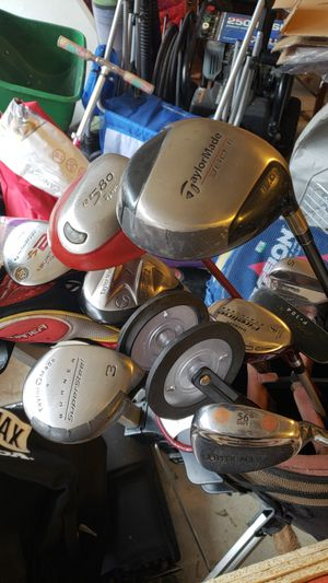 Assorted Taylor Made golf clubs and golf bag for Sale in Manassas, VA