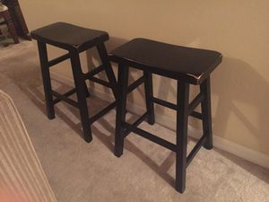 2 bar stools for Sale in Tampa, FL