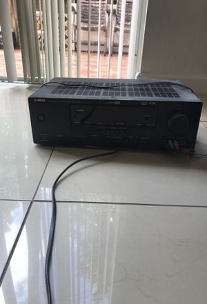 Yamaha Stereo and Speaker for Sale in Miami, FL