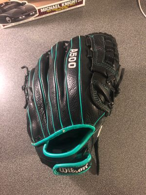 12' Wilson A5000 baseball glove for Sale in Apple Valley, CA