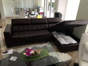 Leather Sleeper Sectional with mattress $600 for Sale in Pompano Beach, FL