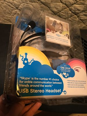 Free talk USB stereo headset for Sale in Craryville, NY