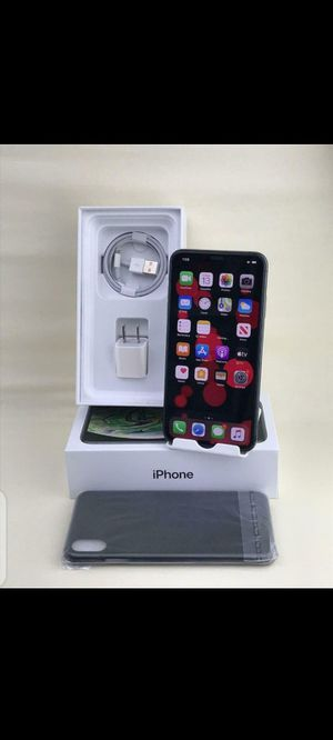 iPhone x max for Sale in Ford, WA