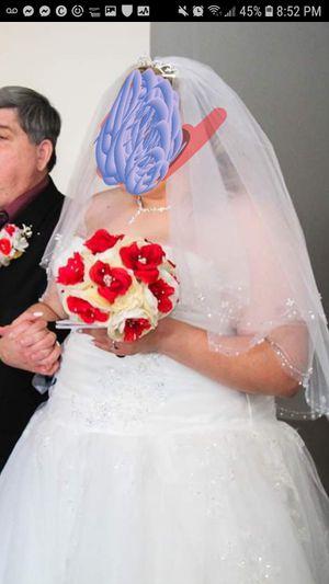 Plus size corset wedding dress for Sale in Glendale, AZ