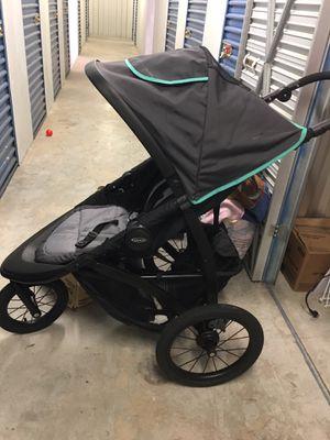 Graco jogging stroller for Sale in Chesapeake, VA