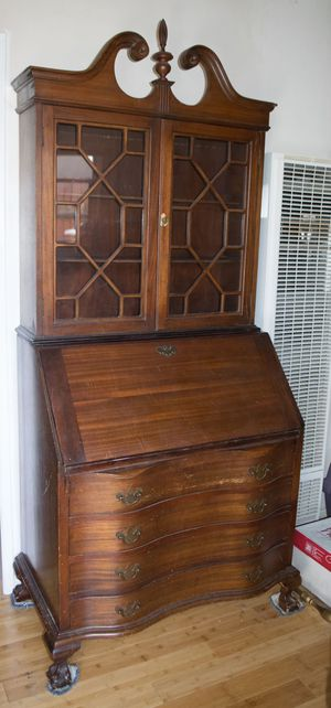 Antique Desk for Sale in Los Angeles, CA