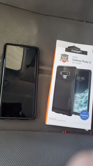 Samsung Galaxy Note 9 with 2 phone cases for Sale in Laveen Village, AZ