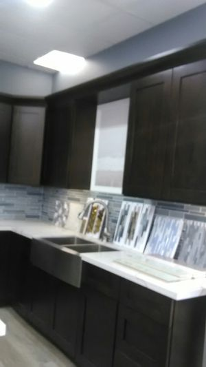 Kitchen cabinets and countertops for Sale in Placentia, CA