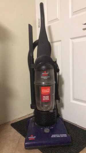 Bissell Powerforce Helix Vacuum for Sale in Brandon, FL