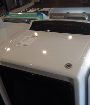 New whirlpool electric dryer WED8000DW for Sale in Long Beach, CA