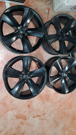Dodge charge 20 inch wheels for Sale in Riverside, CA