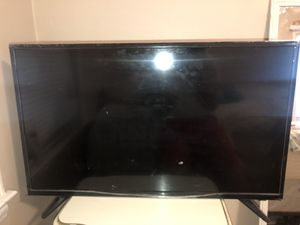 32 Inch INSIGNIA TV! Great condition! FREE Delivery for Sale in Detroit, MI
