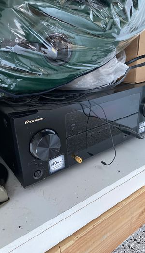 Pioneer receiver 140 wats x5 for Sale in Fountain Valley, CA