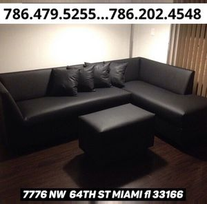 Black leather sofa sectional available for sale brand new!! for Sale in Miami, FL