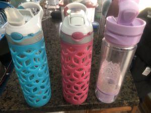 Contigo Water Bottles, David's Tea Iced Press for Sale in Shullsburg, WI