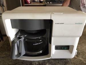 Black & decker space saver 12 cup coffee maker for Sale in Riverside, CA
