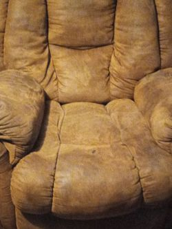 Single Sofa Recliner for Sale in New Caney,  TX