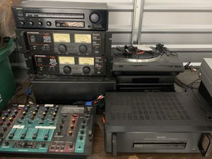 Audio Equipment- AMPs and Mixers for Sale in Melbourne Village, FL