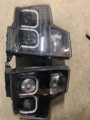 Ford F-150 09-14 AnzoUSA Headlights for Sale in Buckley, WA