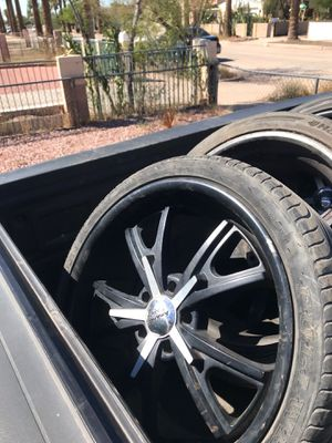 American racing staggered 20 inch rims for Sale in Phoenix, AZ