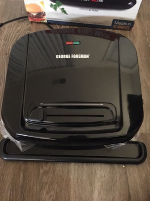 New George Foreman 6 serving grill removable plates for Sale in Alexandria, VA