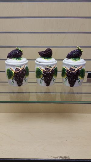 3pc Kitchen Canister / Storage Container set ( NEW ) purple grapes for Sale in Holladay, UT