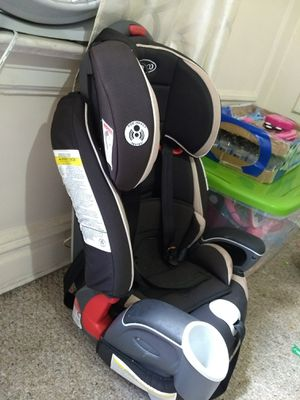 Graco car seat. Booster seat included. for Sale in Jersey City, NJ