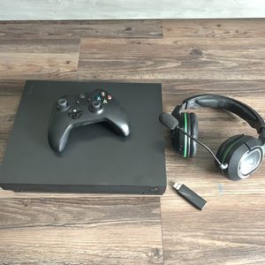 Xbox One X + Turtle Beach Headset for Sale in Beverly Hills, CA